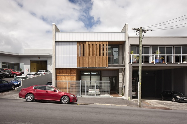 Housing Award: Maidstone Studio, Grey Lynn by bell + co architecture and Andrew Kissell.