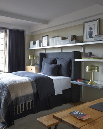 The bedside tables are adorned with Swedish lamps by Hans Agne Jakobsson.