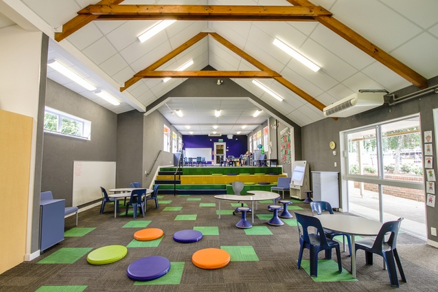 In these ILE classrooms, DLM Architects specified acoustic panels on all perimeter surfaces.