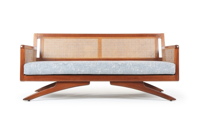 R35 sofa by Airest.
