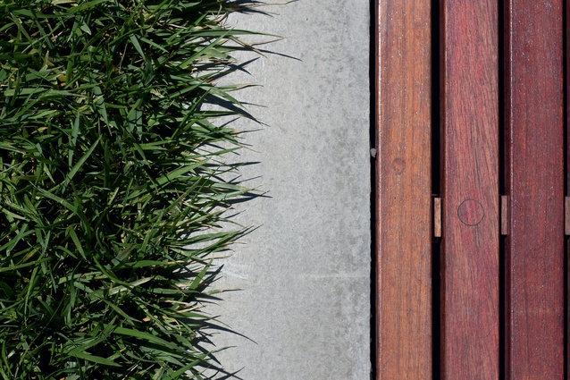 Linear seating edge to lawn.