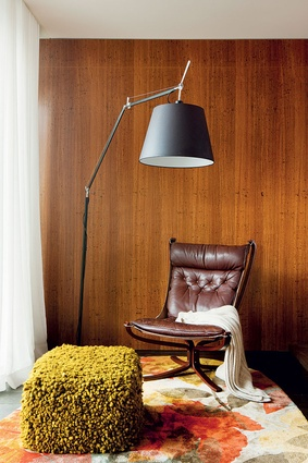 Timber walls and leather create an old-wordly feel.