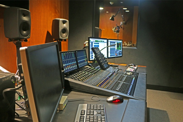 A well-designed sound studio for broadcasting requires a very high level of sound isolation from adjacent spaces and excellent room acoustics.