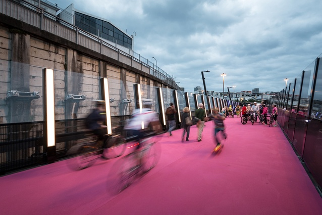 Planning & Urban Design category winner: #LightPathAKL/Canada Street Bridge, Auckland by Monk MacKenzie with GHD, Novare and LandLAB in association. This project also won the John Scott Award.