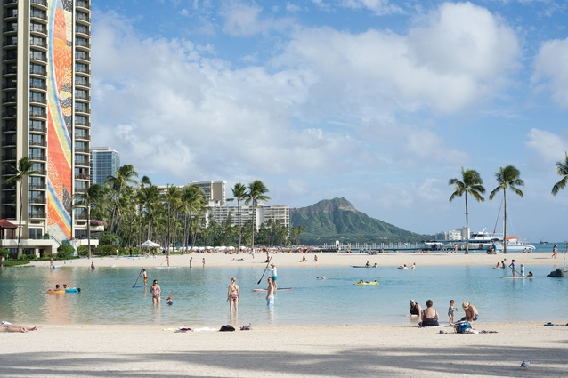 Honolulu: Out & About
