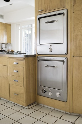 """Thermador oven. """"Our vintage '60's Thermador oven, so vintage it is nearly impossible to find parts for! We both love the style, simplicity and durability of this vintage masterpiece."""""""